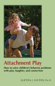 Voorkant boek Attachment Play